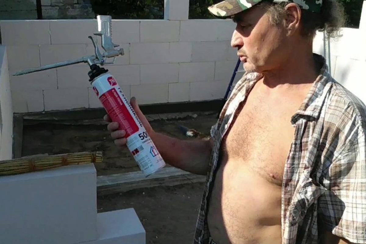 Укладка газобетона на клей-пену