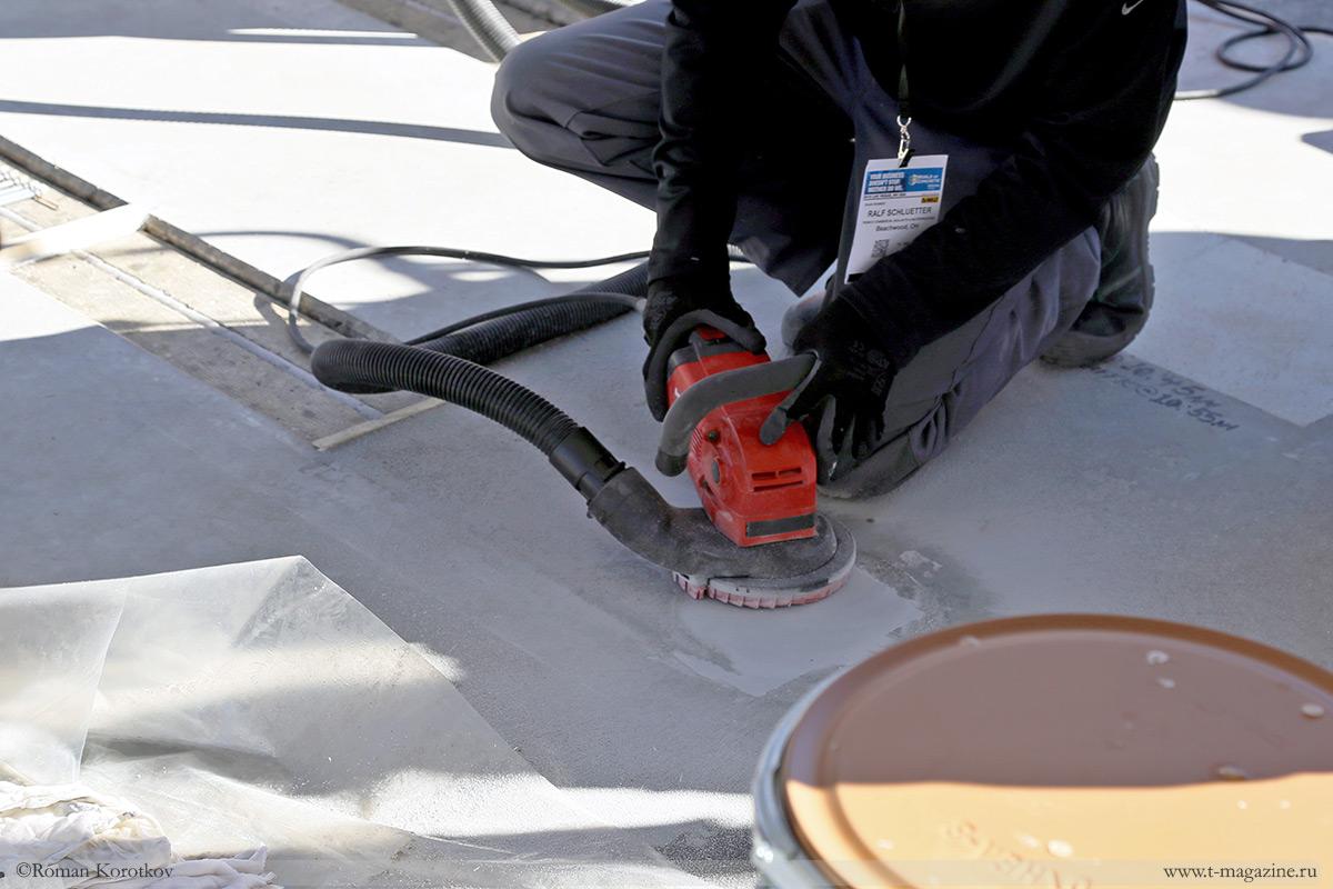 Фото процесса шлифовки бетона болгаркой