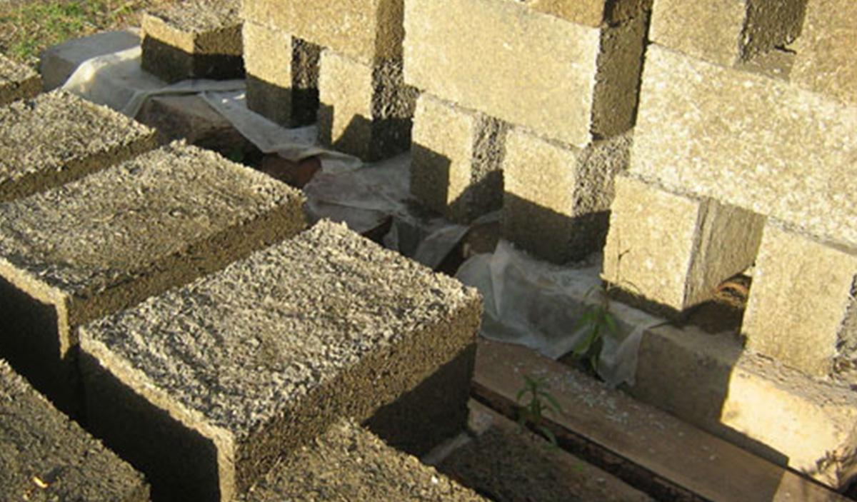 Стеновые блоки из опилкобетона