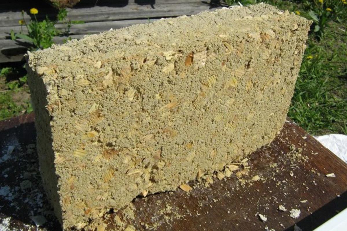 Блок из опилок и цемента