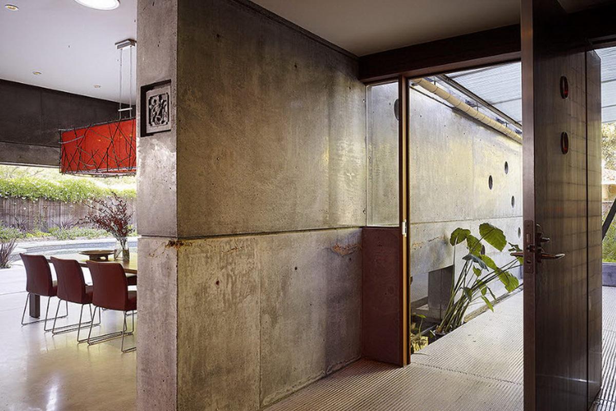 Бетонная стена в интерьере